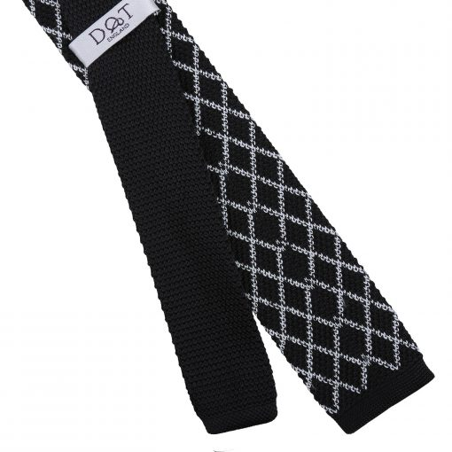 White and Black Diamond Grid Knitted Skinny Tie