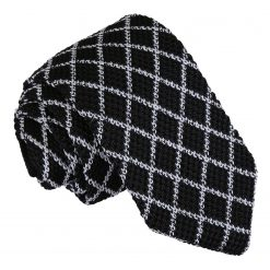 White and Black Diamond Grid Knitted Slim Tie