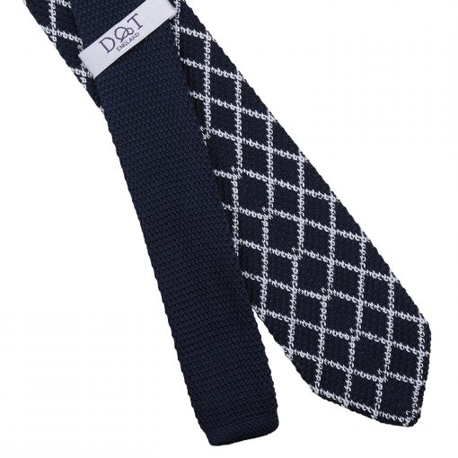 White and Navy Diamond Grid Knitted Slim Tie